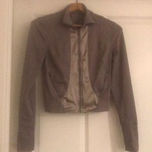 Fill - running jacket satin front brand new